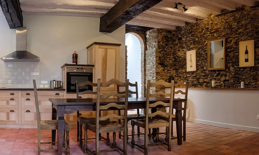 Le Manoir de la Vieille Douve Gites D'Arcy Sleeps 6 people
