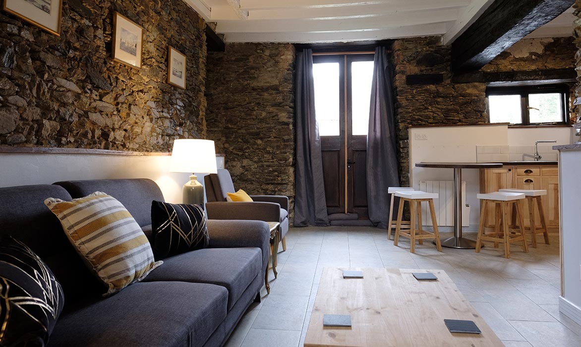Le Manoir de la Vieille Douve Gites Gala Sleeps 4 People